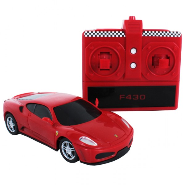 dickie ferrari f430 1 43 ferngesteuertes rc auto. Black Bedroom Furniture Sets. Home Design Ideas